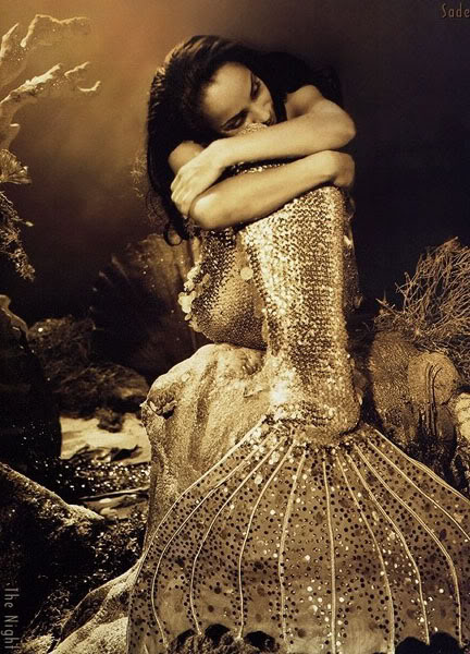 NoordinaryLove-Mermaid-Sade